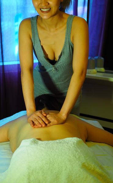 thairapeutic-massage-masseuse22